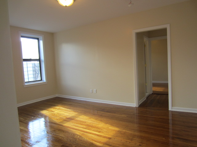 Rent Your Heaven 04 30 2013 1 Bedroom Apartment In The
