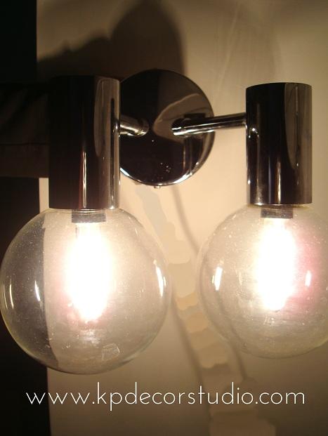 Decoracion retro. Tienda online retro. Lamparas, apliques, bombillas, cromado, tulipas de cristal. Buy old sconce. Comprar lampadas antifas