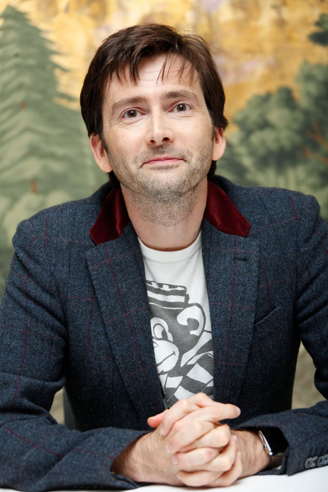Steal his style how to get david tennant 39 s jessica jones for Paul smith doctor who shirt