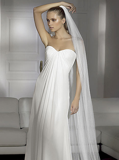 Traum Brautmode Online Shop - Günstige Brautmode: 2012 Brautkleider ...