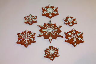 7 Christmas scnowflake iced biscuits