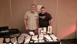 Tim Fasano speaking with Dr. Jeff Meldrum at the Skunk Ape Conferrence