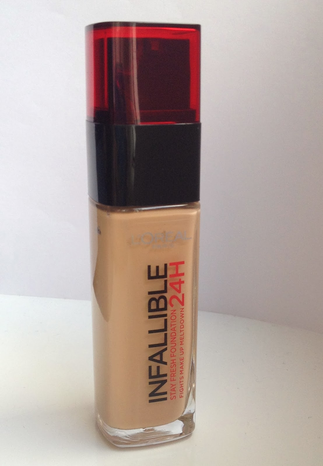L'Oreal-Paris-Infallible-stay-fresh-24-hour-foundation-review