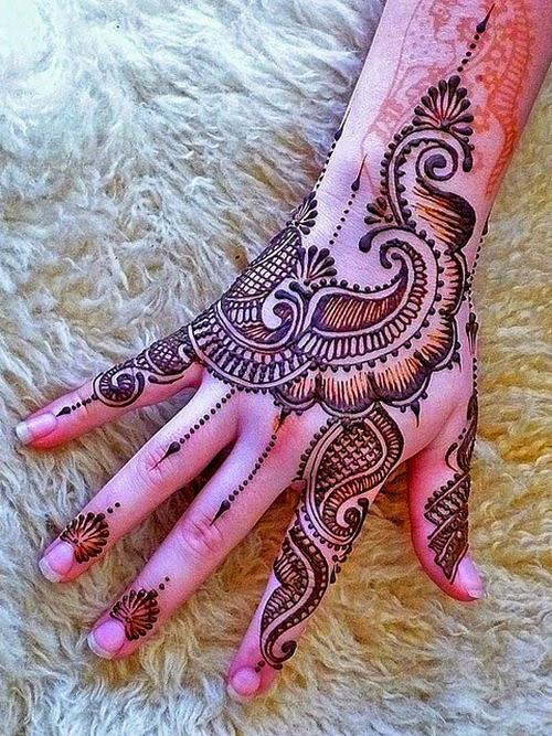 Cool Henna Tattoo