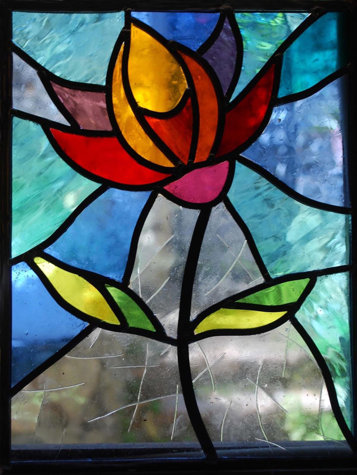 Art maguelone fanny coulon 2015 2017 vitraux en plomb ou tiffany en verres de saint just ou - Dessin vitraux ...