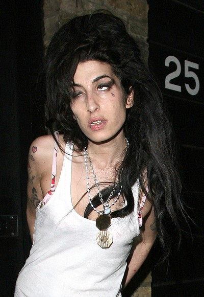 amy winehouse struggles