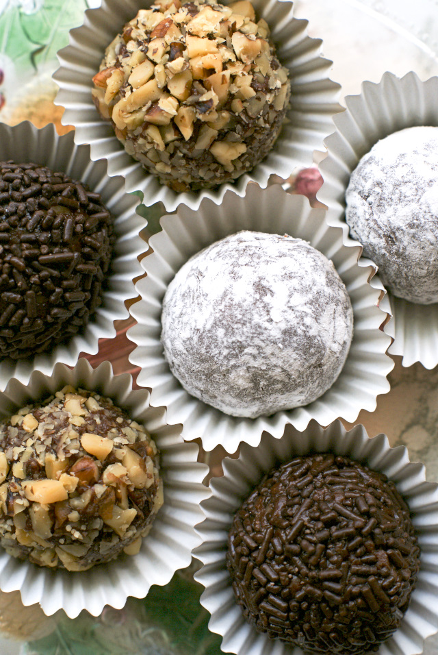 Chocolate Rum Balls are 5-ingredient, no-bake, sweet treats made with velvety melted chocolate and spiced rum.