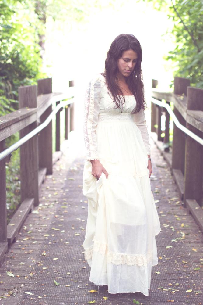 Lodekka double decker dress shop june 2012 for Laura ingalls wilder wedding dress