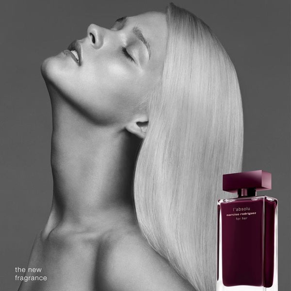 Narciso Rodriguez for her l'absolu eau de parfum, Carmen Kaas campaign on Fashion and Cookies fashion and beauty blog