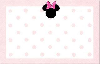 Tarjeta de Minnie con fondo blanco y lunares en rosa