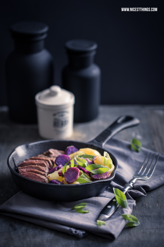 Dark and Moody Food Photography Steak Vitelotte #darkandmoody #foodphotography