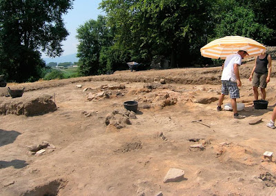 Neolithic site in NE Greece yields earliest evidence of wine-making in Europe