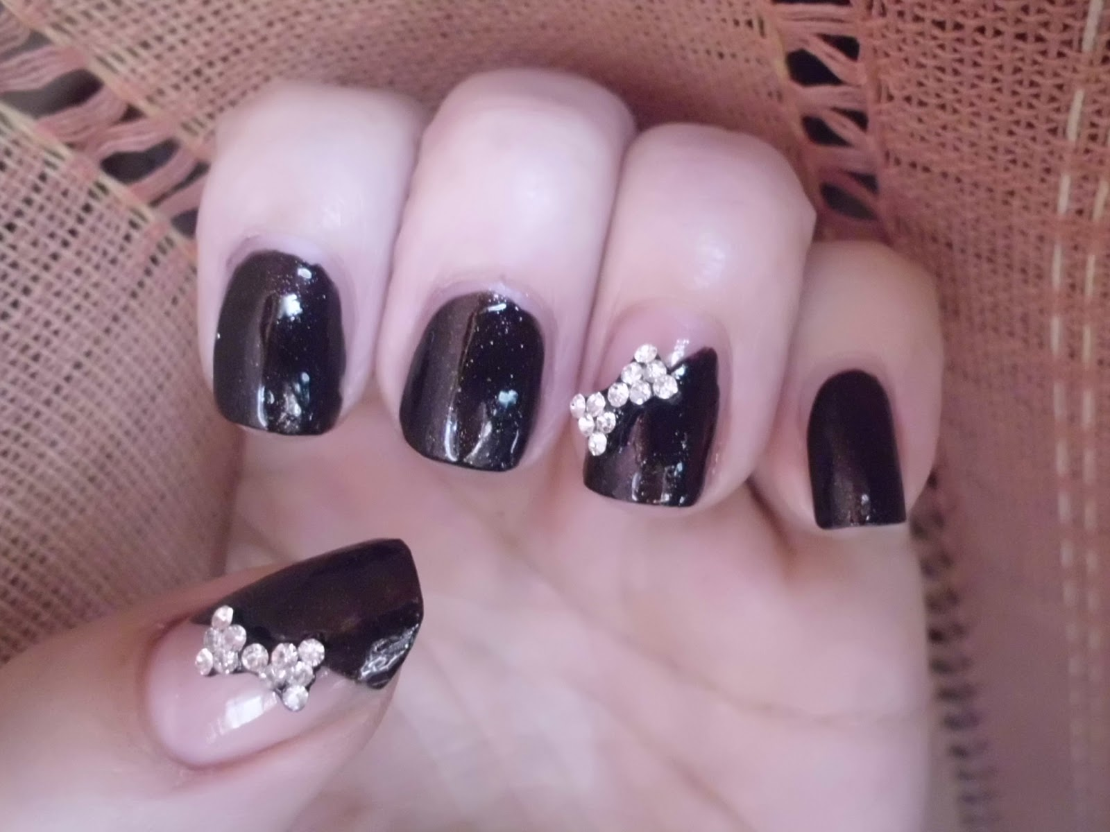 nail art con lacitos