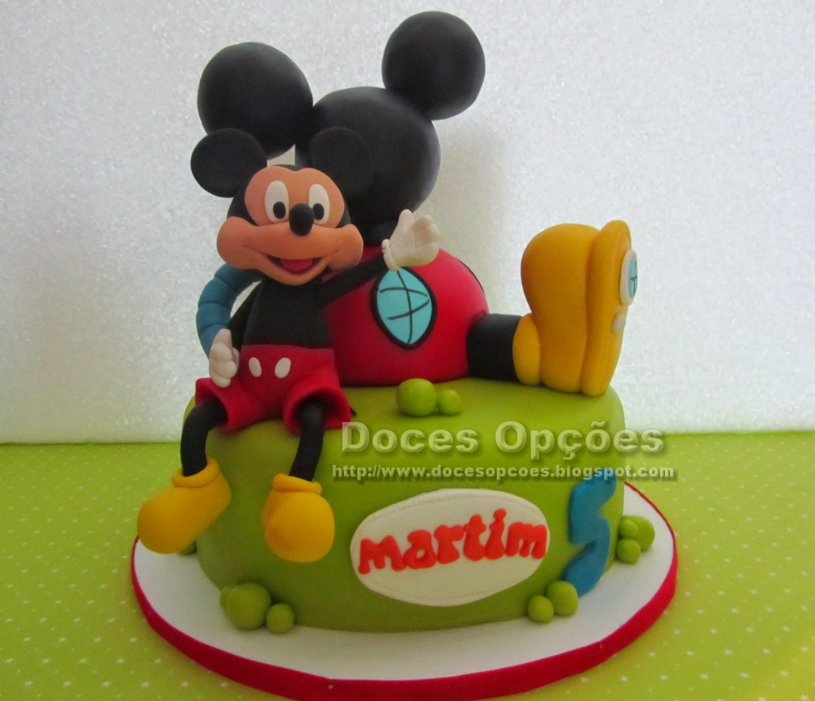 bolo decorado mickey pasta açucar