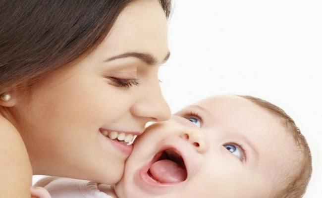 Photo bébé mignon nounou