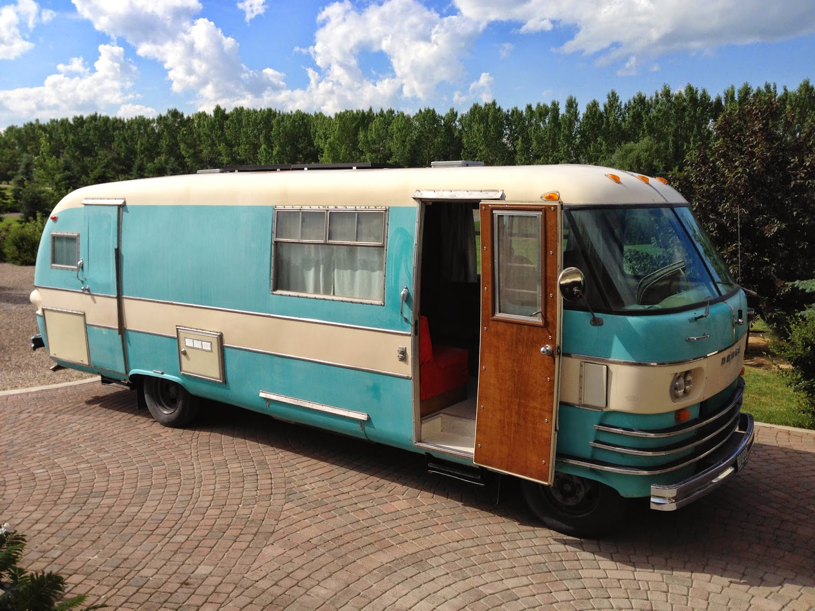 Myrtle The 1964 Travco Motorhome