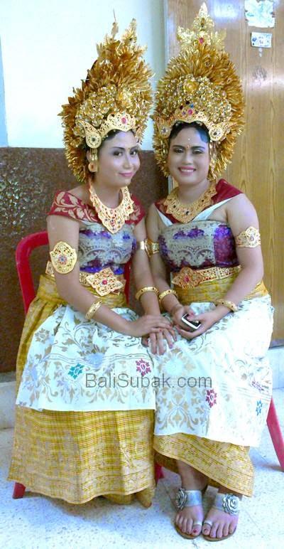 Balinese girls sweet smile