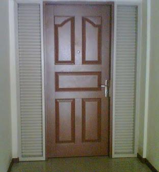 Pintu Utama Atau Security Door Dengan Swing Kupu Tarung
