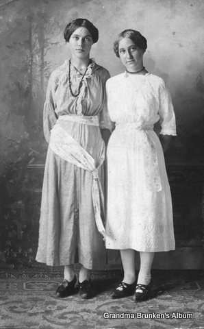 Carolyn Jepsen and Frieda Petersen - 1914