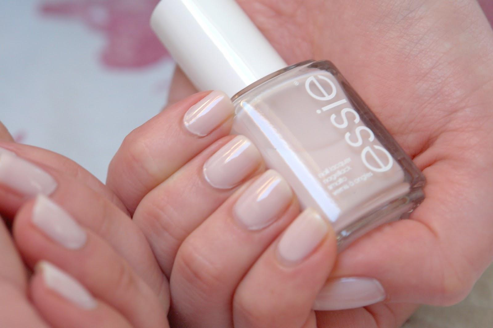 NAILS: Essie ballet slippers, swatches, Essie, nail polish, nails, NOTD,