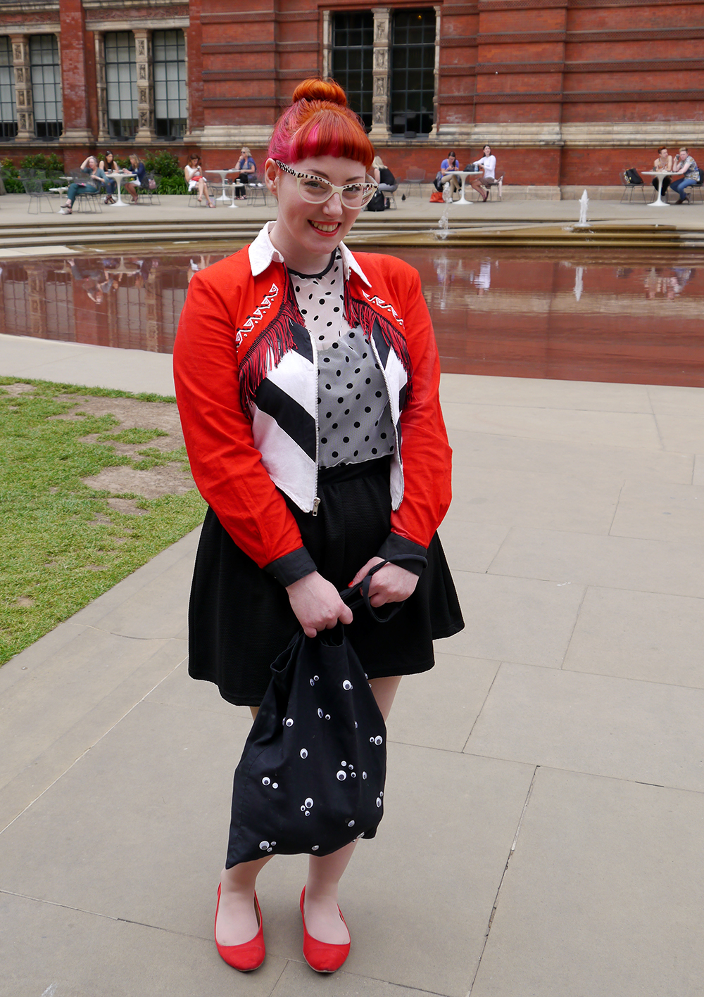 What Helen Wore, Scottish Blogger, red head, ginger, pink hair, leopard print glasses, vintage cowgirl jacket, Hayley Scanlan polka dot dress, flat red shoes from Dorothy Perkins, DIY googly eye bag, London, Victoria and Albert Museum, V&A, Alexander McQueen echibition, Savage Beauty