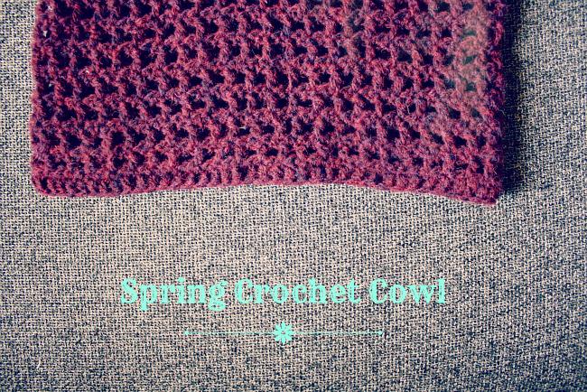 Spring crochet cowl