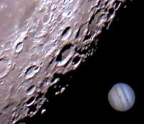 la luna y jupiter