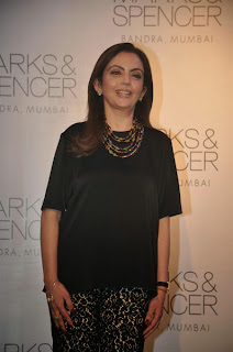 Sonakshi Sinha, Nita Ambani and Bipasha Marks at Spencer Store Launch Event