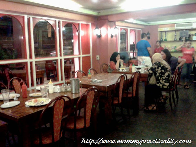 World Class Persian Kabab Interior