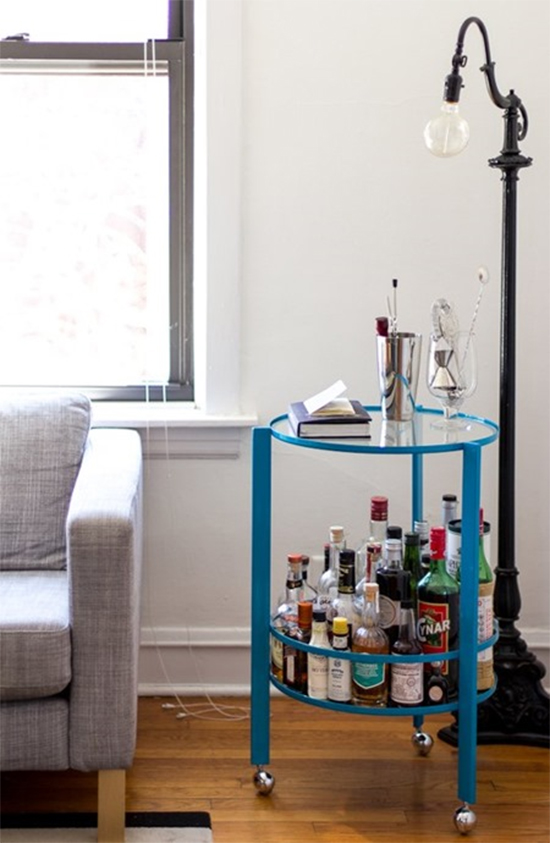 estante bar, estante, bar, bar em casa, bar na sala, vintage, mini bar, movel azul, carrinho bar, bar cart