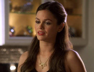 "Zoe's Gillian Steinhardt Gold Three Point Van Halen Necklace Hart of Dixie Season 2, Episode 16: ""Where I Lead Me"""