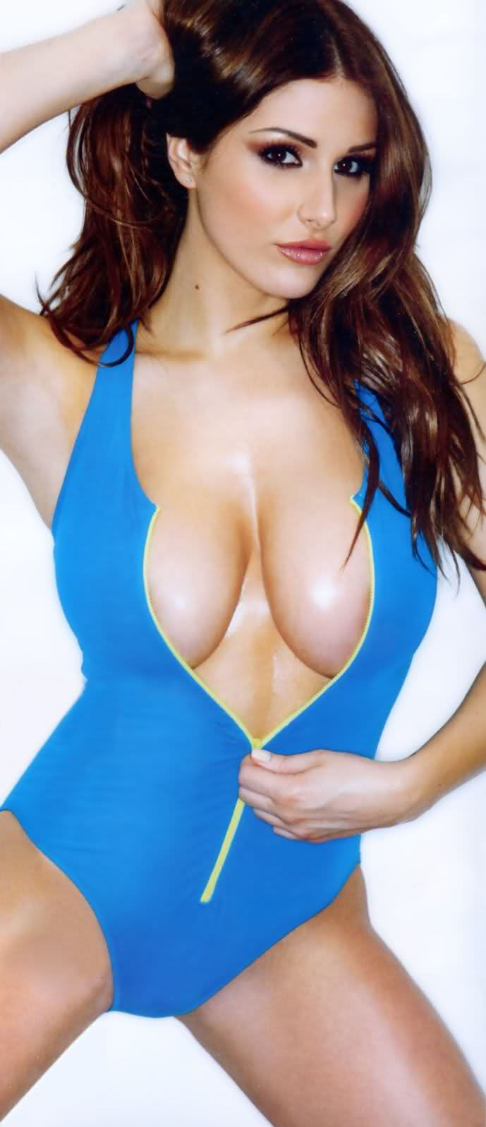 hot lucy pinder