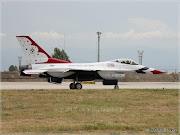 Αεροπορική επίδειξη από τους Thunderbirds (img )