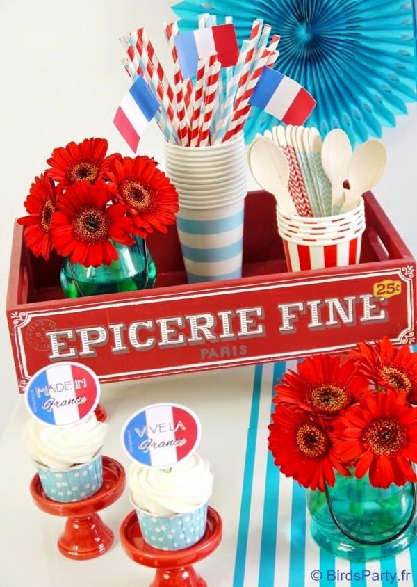 sweet table en bleu blanc et rouge pour le 14 juillet f tes party printables. Black Bedroom Furniture Sets. Home Design Ideas
