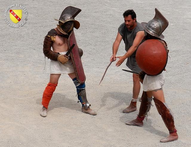 GRAND (88) - Les gladiateurs dans l'arène ! - Mirmillon contre Hoplomaque