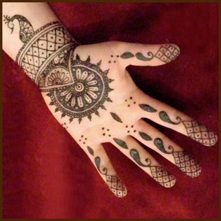 Girls Corner Left Hand Mehndi Front