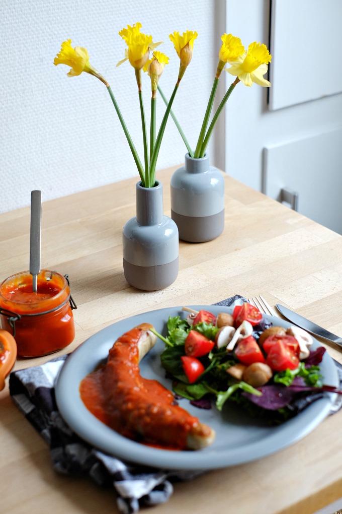 hedi geilste currywurst der welt mit rezept. Black Bedroom Furniture Sets. Home Design Ideas