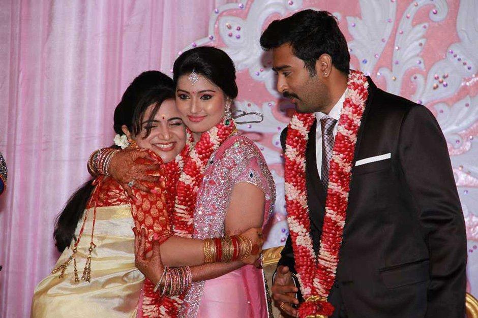 521 Entertainment World Sneha Prasanna Wedding Photos