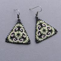 схемы бисерных треугольников бисероплетение free peyote triangle pattern