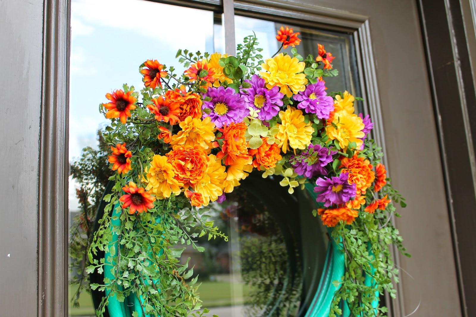 miss kopy kat tips for making a garden hose wreath