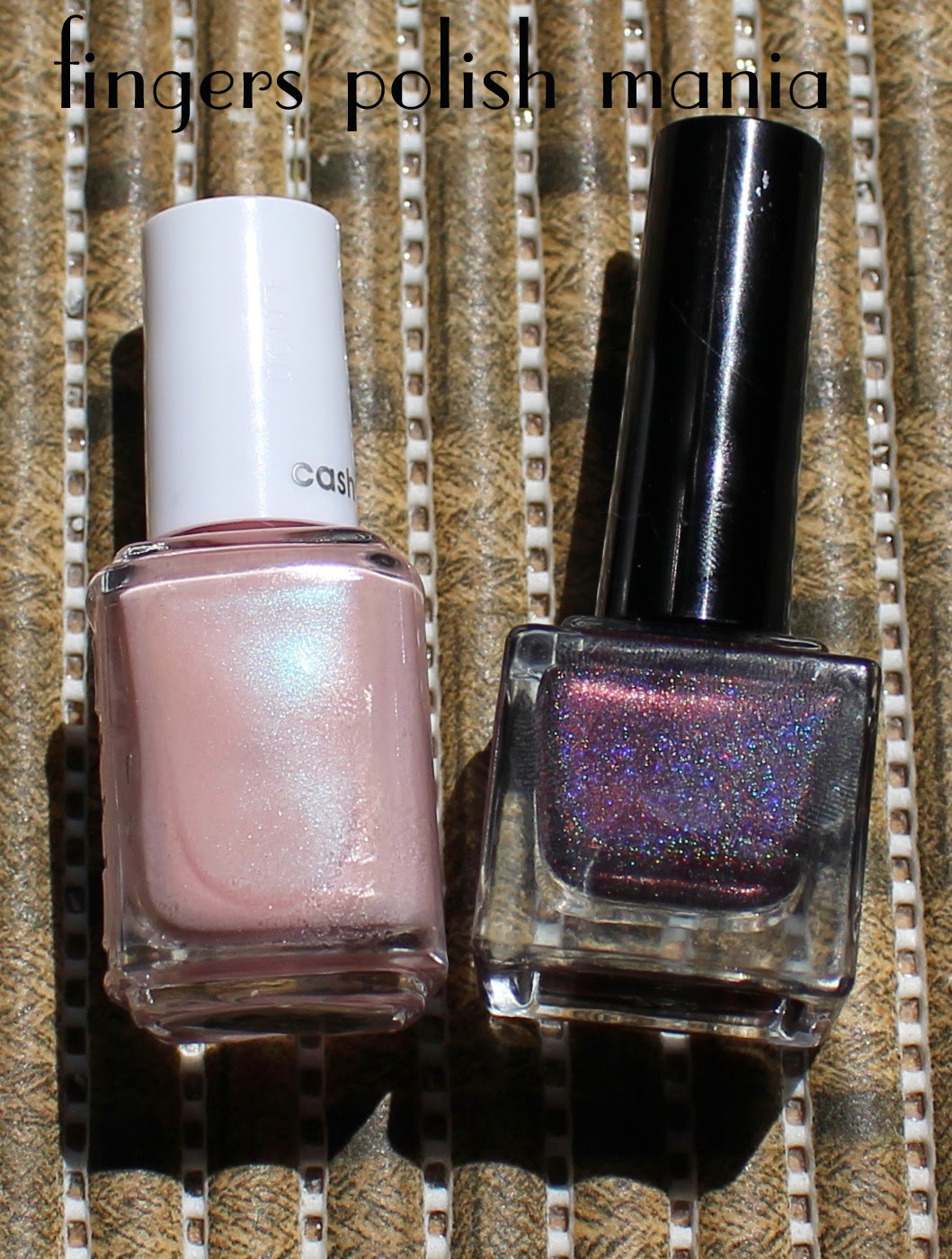 fingers polish mania: Essie Just Stitched
