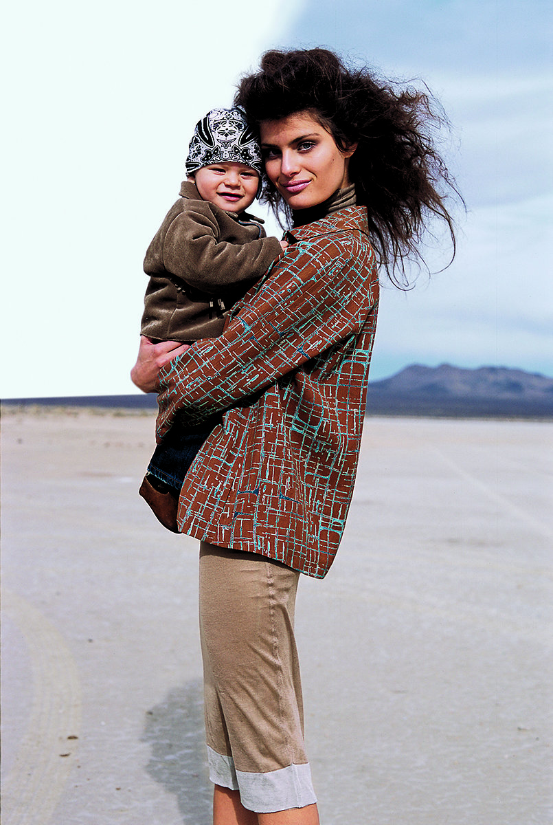 Isabeli Fontana with Zion in Vogue US February 2004 (photography: Arthur Elgort) via fashioned by love british fashion blog