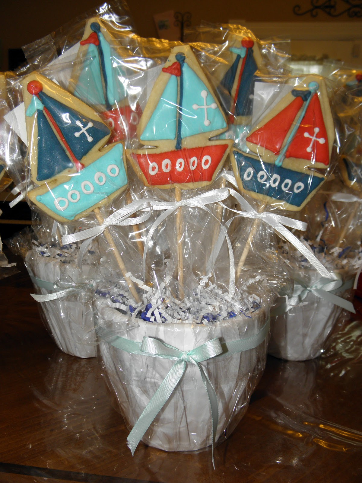 Cake Pop Centerpieces For Baptism : Cookie Dreams Cookie Co.: Christening Cookie Pop Centerpieces
