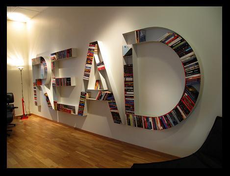 http://4.bp.blogspot.com/-EwdENfYgqSw/UaHHLeKpGQI/AAAAAAAACJo/_e0woqV_9iw/s1600/read+bookshelf.JPG