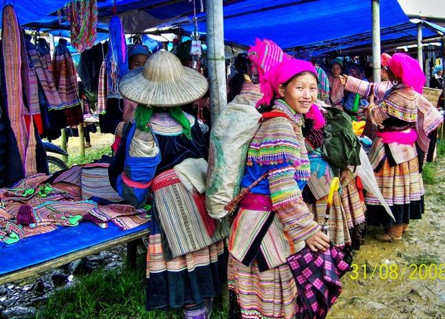 Mercado dominical de Bac Ha: El lugar más colorido de Vietnam