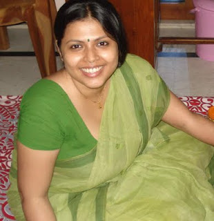 indian fat aunty photo gallery