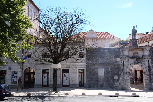 Trogir {Kroatien - Adria - Dalmatien} - Stadttor