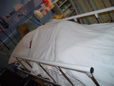 Patient i sjukhussäng. Foto: Leon Brooks CC BY-SA