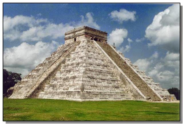 El Templo de Kukulkán (México)