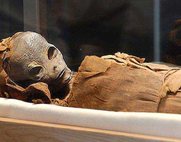 No está muerto lo que yace eternamente: ¿Se sumieron los extraterrestres en un profundo sueño?